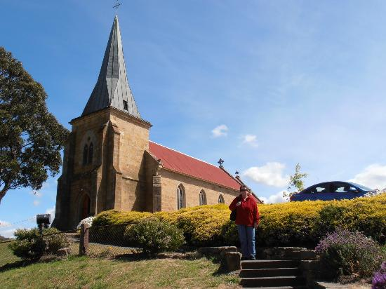 St John the Evangelist Roman Catholic Church: Beautiful old Church