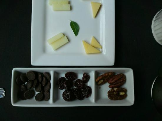 Pollard Bed and Breakfast: day 2 - cheeses, chocolate, nuts