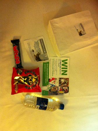 Holiday Inn Washington: Room 508 Platinum Priority Welcome Pack