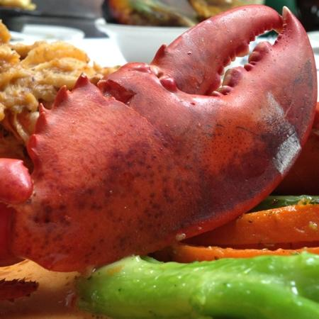 Delmonico's Lobster House: lobster time!