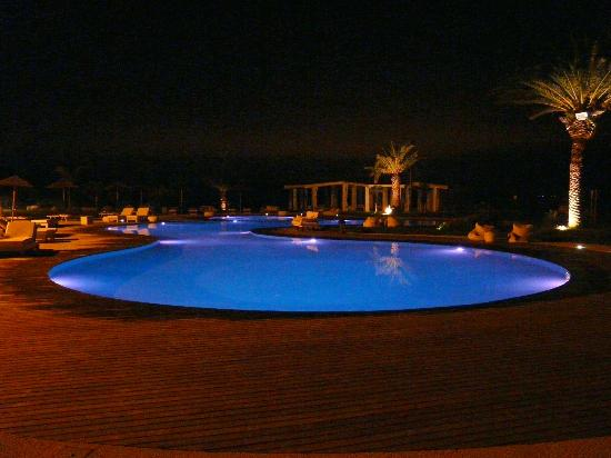 Hotel Borgo Pantano: The Pool at Night