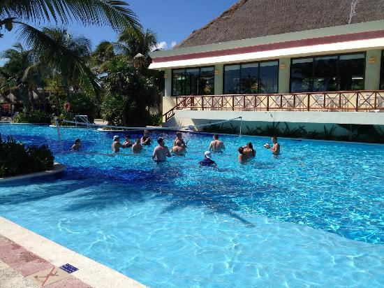 Luxury Bahia Principe Akumal Don Pablo Collection: Akumal section pool