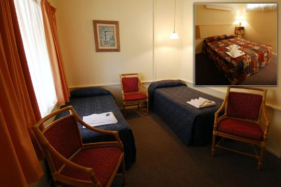 Arkana Motel: Family Room
