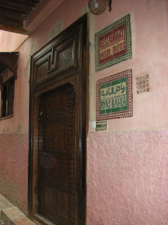Ryad Bahia: Front door of Riad Bahia