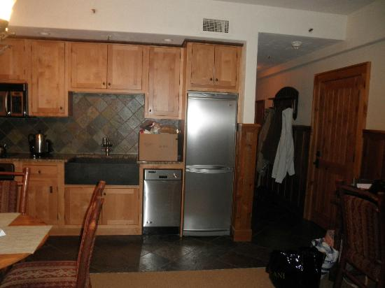 The Whiteface Lodge: kitchen area