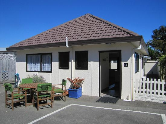 Amber Court Motel: Our two bedroom cottage