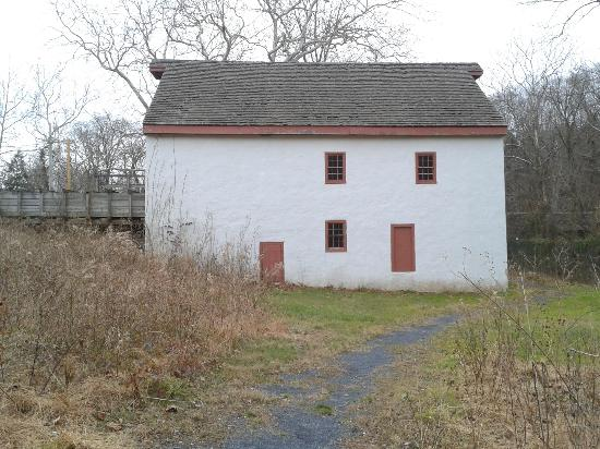 Bowman's Hill Wildflower Preserve: Grist Mill