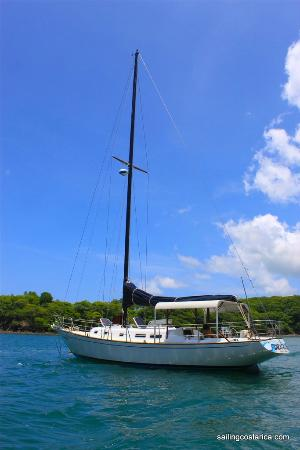 Sailing Conchal Day Tours: At home