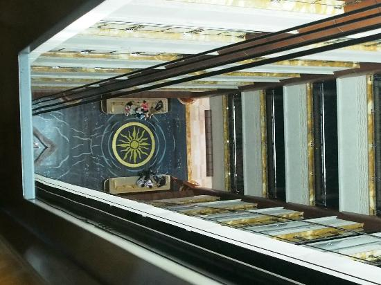 Grand Excelsior Hotel: From inside the glass elevator