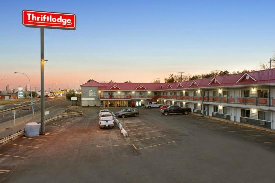 Saskatoon Thriftlodge: Our property from up high