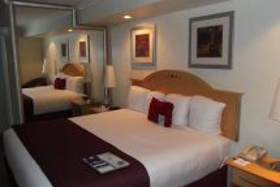 Ramada Fort Lauderdale Oakland Park: Very nice room