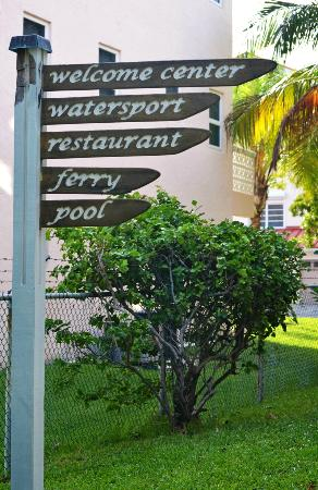 Taino Beach Resort & Clubs: signs