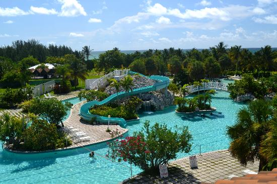 Taino Beach Resort & Clubs: A partial photo of the pool