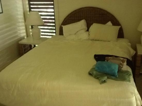 Kiahuna Plantation Resort: Very Comfortable bed