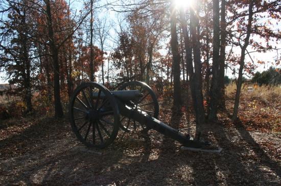 Wilson's Creek National Battlefield: Historic overlook - site of first shots near Bloody Hill