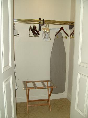 ذا فينيتيان ريزورت هوتل آند كازينو: closet