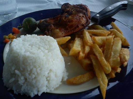 Mano's Greek Tavern: Grilled Chicken