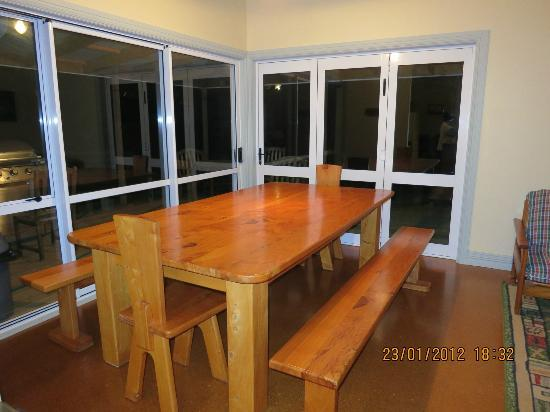 Blue Duck Station: Dining area