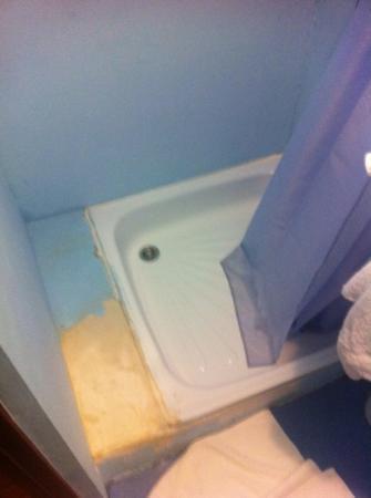 Matreshka Hotel: questione il bagno