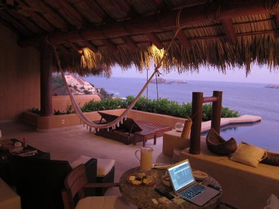 Capella Ixtapa: penthouse suite.
