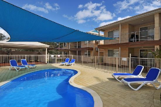 Lakeside Holiday Apartments: take a dip in the swimming pool