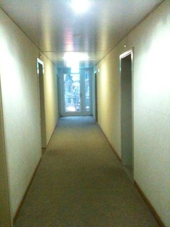 Hotel Terminus: the walkway to my room..
