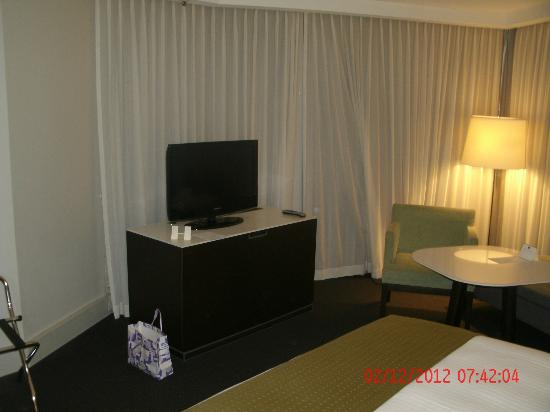 Hotel Jen Brisbane : Flat Screen  TV