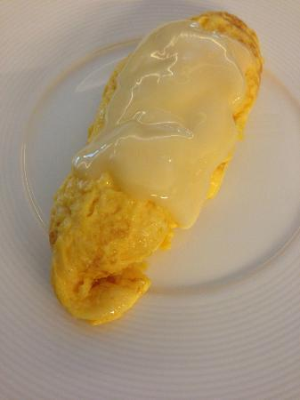 Kingston Suites : Cheese omelette
