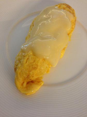โรงแรมคิงสตัน สวีทส์: Cheese omelette