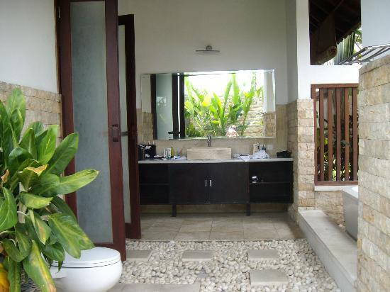 Part of outdoor bathroom villa 2a picture of bali prime for Balinese bathroom design