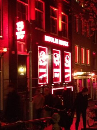 Hotel Sint Nicolaas: le moulin rouge