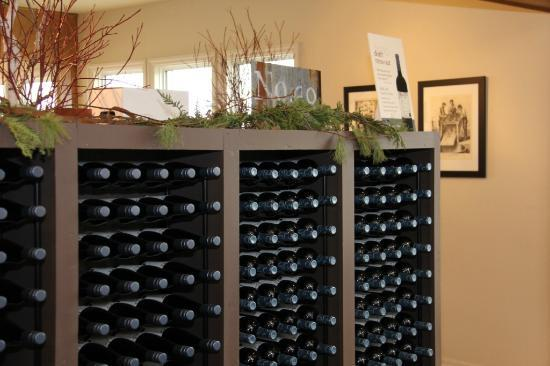Thirty Bench Wine Makers: Interior