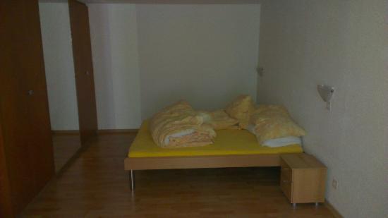 Hotel Astoria: chambre à coucher