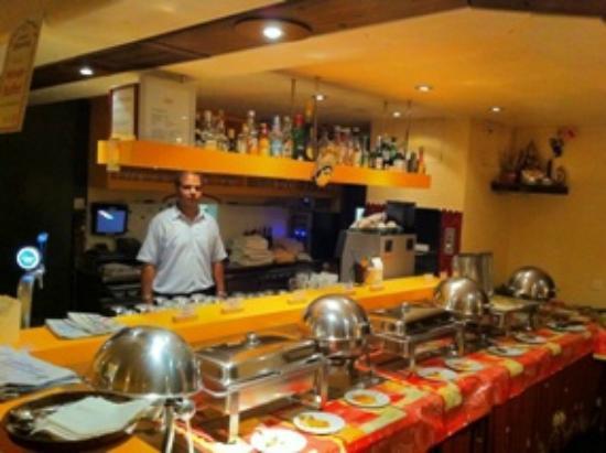 Tandoor Restaurant: Indisches Mittagsbuffet zweimal in der Woche