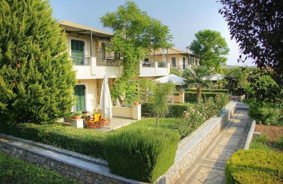 Sunny Garden Apartments: Sunny Garden