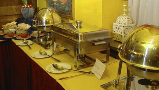 Tandoor Restaurant: feines indisches Mittagsbuffet