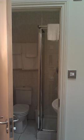 Hampshire Hotel: Bathroom