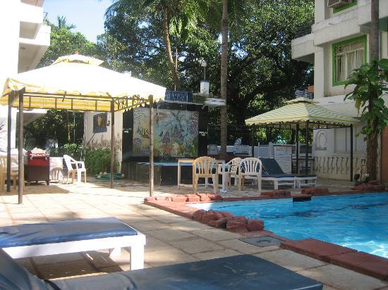 Magnum Resort : pool area