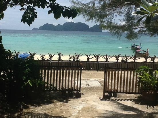 Phi Phi Paradise Pearl Resort: View from terrace V2