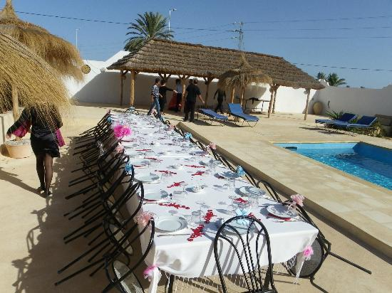 Menzelcaja: La table du repas de notre mariage. 28/11/2012