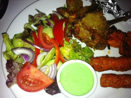 Shanker's Authentic Indian Cuisine : Shankers Tasting Plate