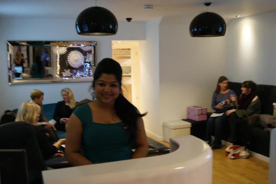 Xpress Beauty : Our Senior Therapist, Moon hard at work