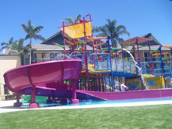 Paradise Resort Gold Coast: Large water playground