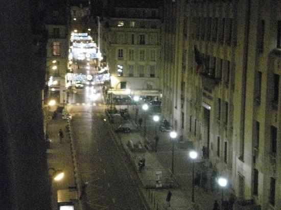 Hotel de l'Academie: The view from the terrace at night