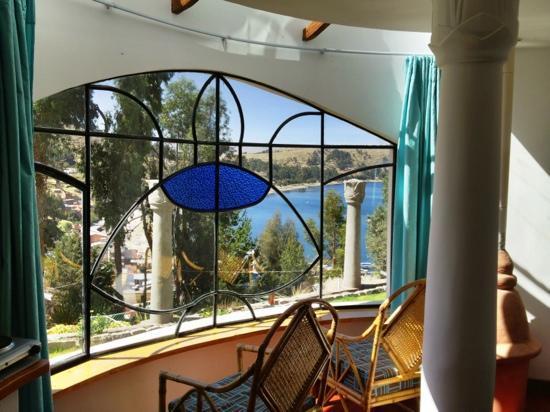 Hotel La Cupula: Aussicht vom grossen Zimmerfenster auf den Titicacasee