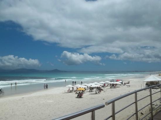 Armacao Beach: cabo frio
