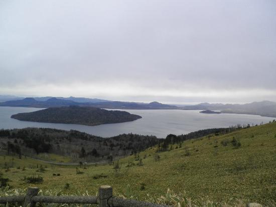 Teshikaga-cho, Japan: 美幌峠より屈斜路湖を望む