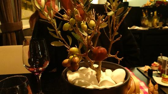 Funky Gourmet: The Olive tree presentation