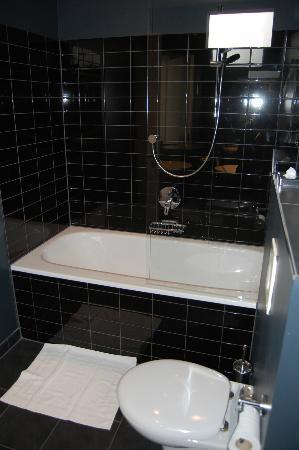 Park Hotel Amsterdam: Vasca da bagno
