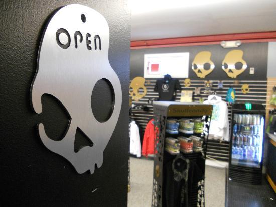 Killington Sports: Skullcandy Specialty Shop